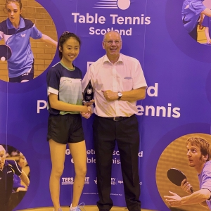 Ladies-Singles-Winner-Tesssa-Yau