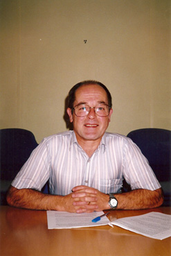 RALPH KNOWLES